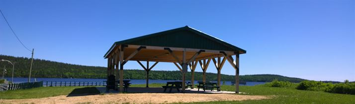 Enjoy a Picnic at the Boat Launch